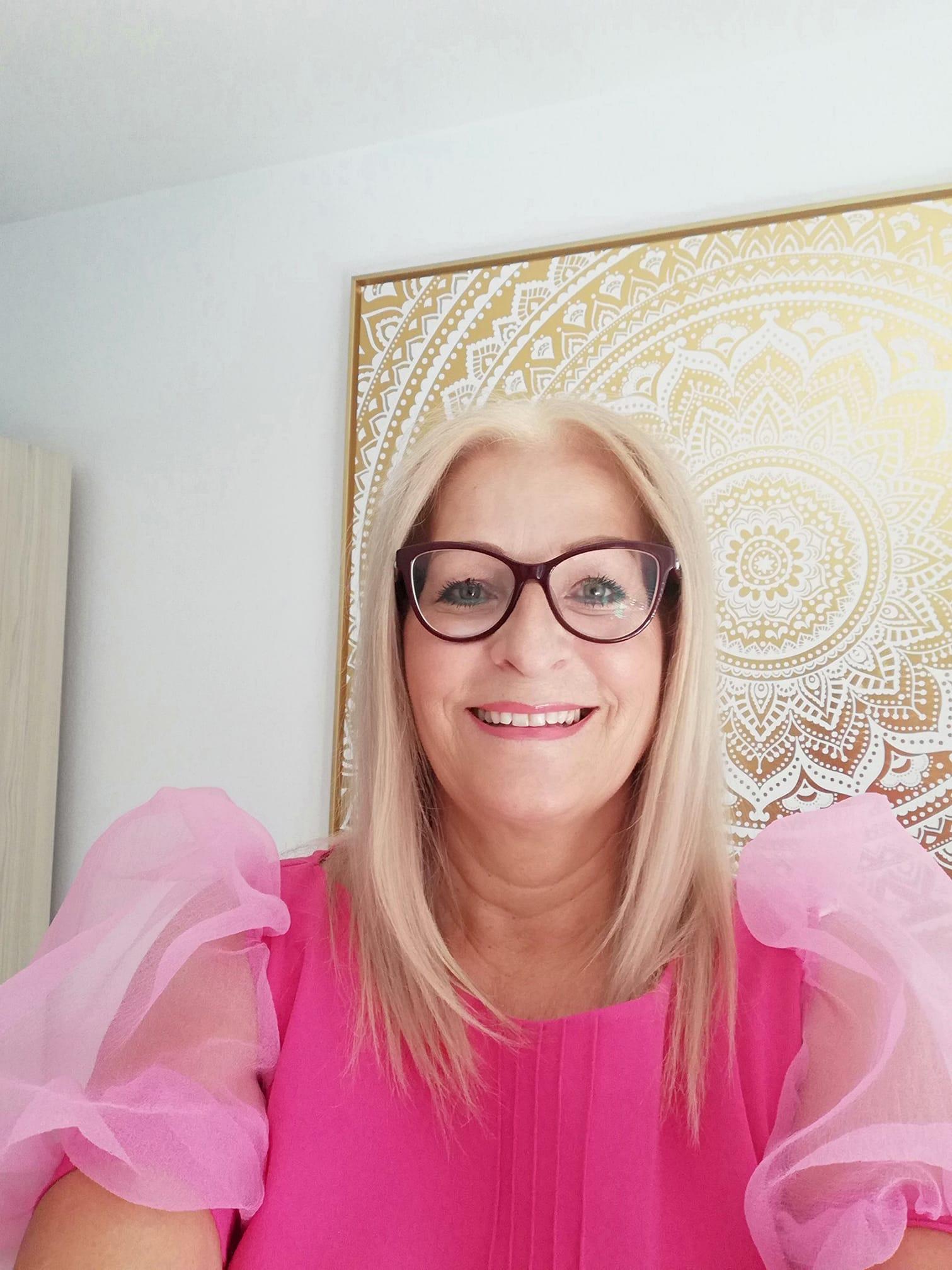 Kristina Travnekar